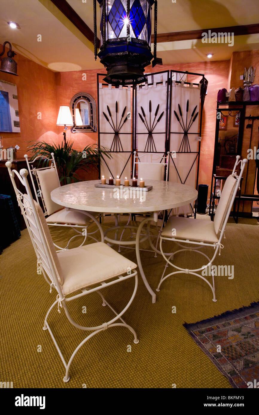 Ziemlich Draht Stühle Fehlen Ideen - Elektrische Schaltplan-Ideen ...