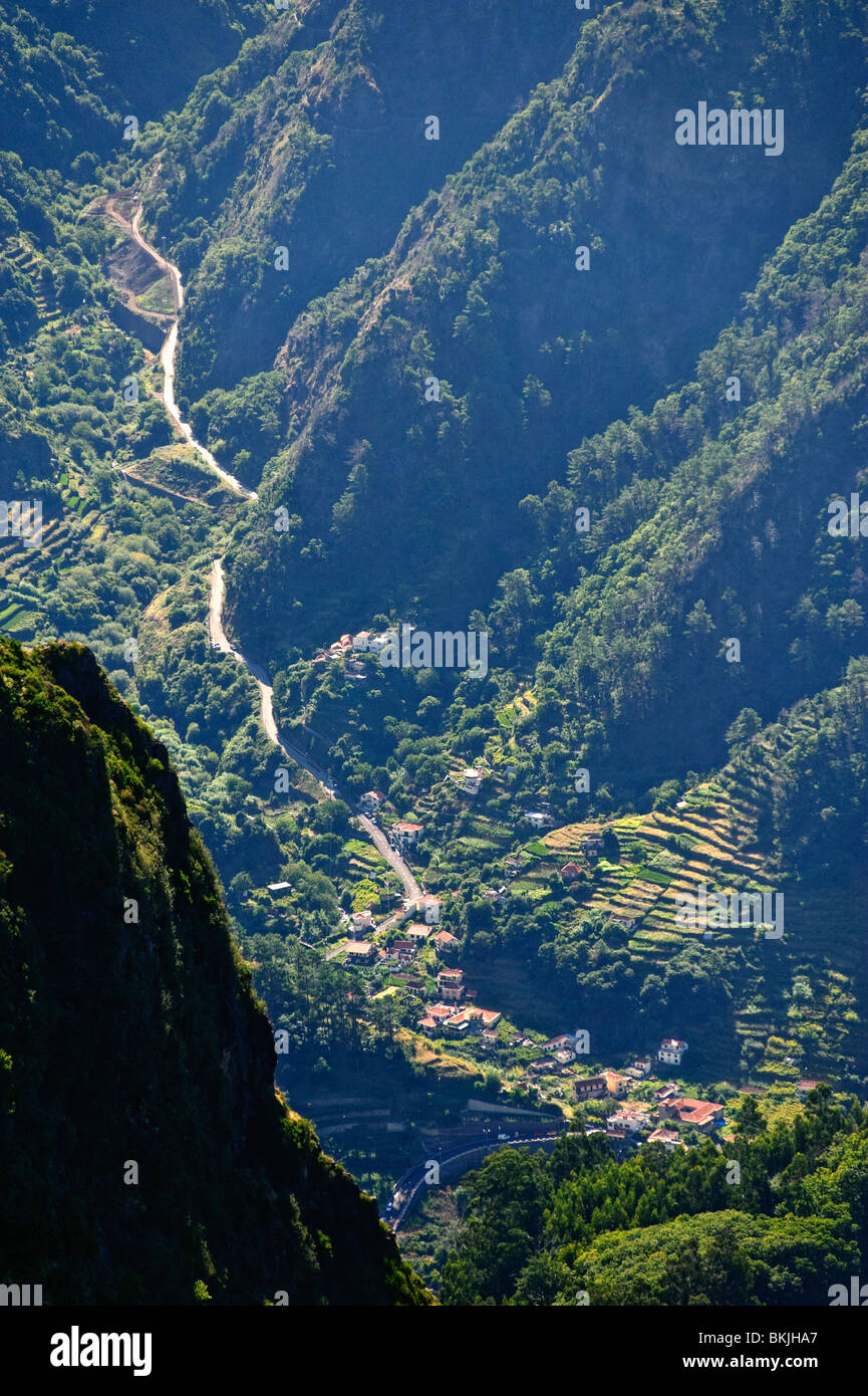 Schroffen Landschaften im Zentrum von der Insel Madeira Stockbild