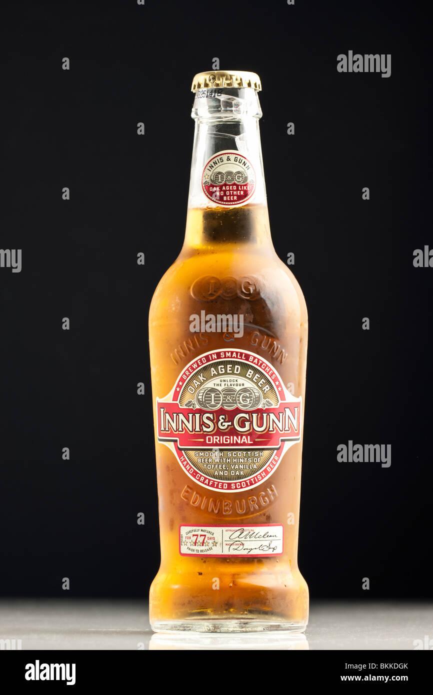 Flasche von Innis und Gunn Eiche im Alter original Bier Stockbild