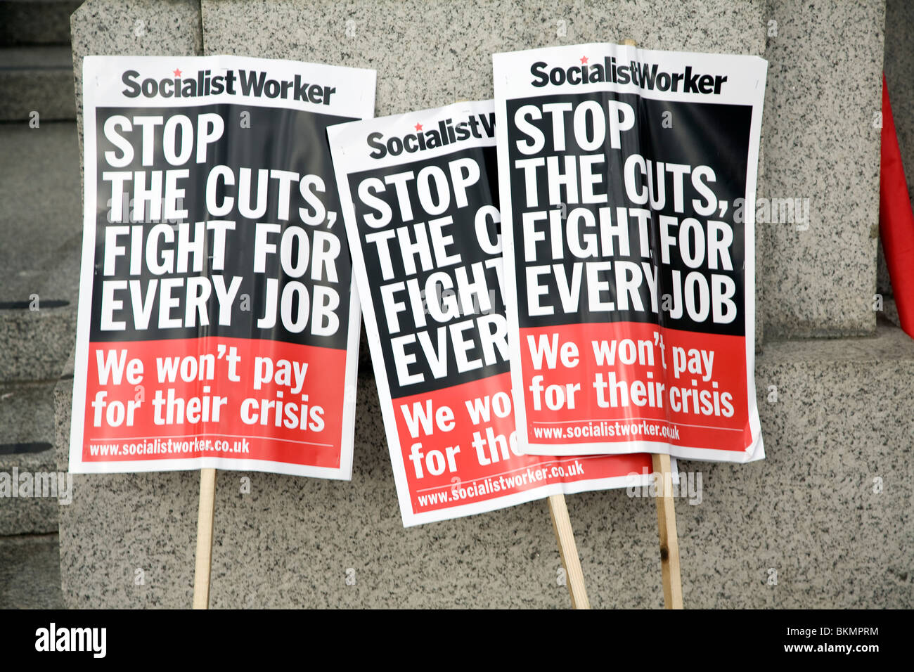 Mai und Kundgebung am Trafalgar Square, 1. Mai 2010 Socialist Worker party Banner Stockbild