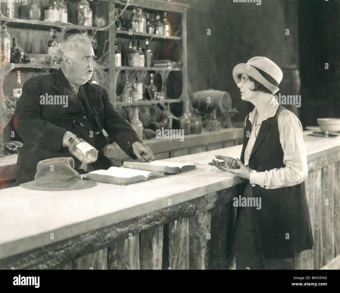 DIE UNBEKANNTEN CAVALIER (1926) OTIS HARLAN, KATHLEEN COLLINS UKC 001 P Stockbild