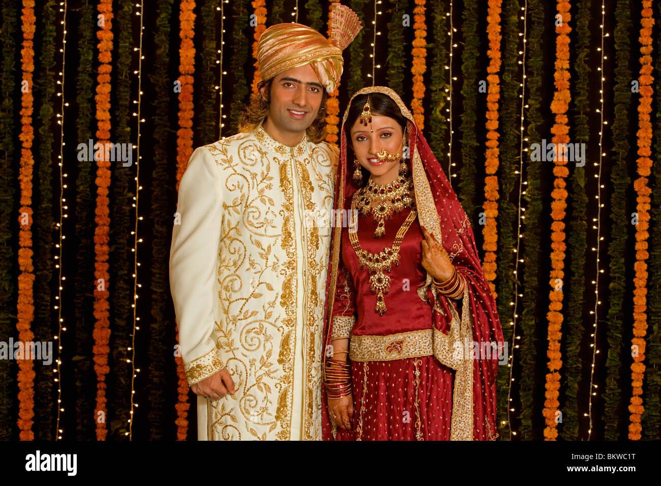 Indische Paare Hochzeit Kleidung Stockfoto, Bild: 29447092 - Alamy