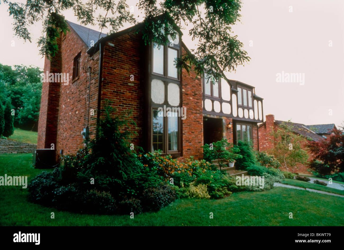 Pittsburgh, PA, USA Wohnarchitektur, amerikanische Vorstadthäuser ...