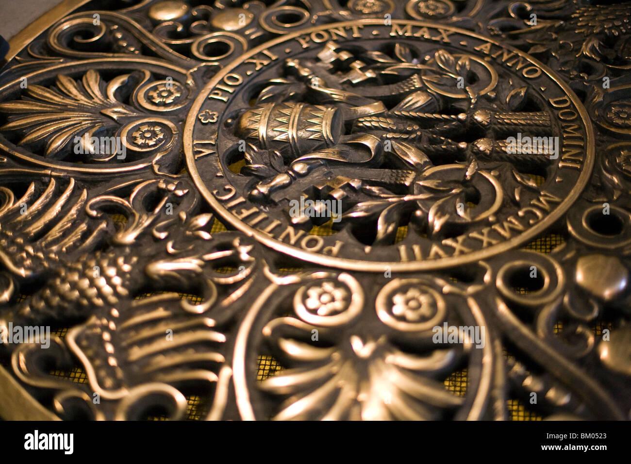Fußboden Im Petersdom ~ Wappen von papst pius xi petersdom vatikan stockfoto bild