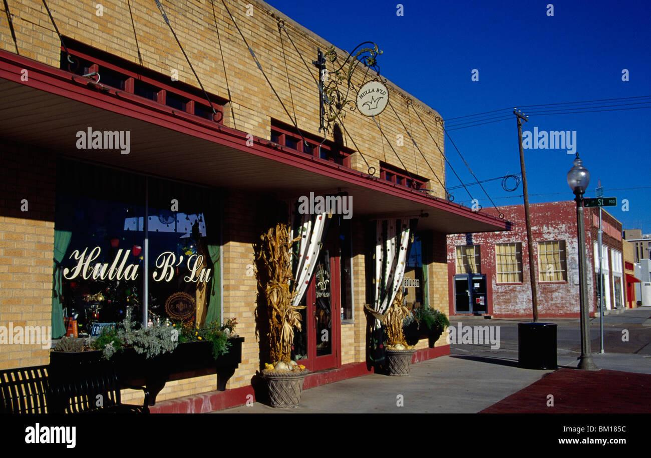 Fassade des ein Antiquitätengeschäft, Hulla B'Lu Antiquitätenladen, Lubbock, Texas, USA Stockbild