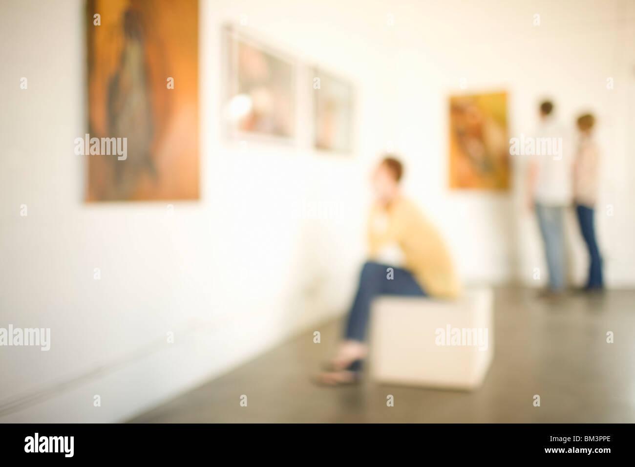 Besucher im Kunstmuseum Stockbild