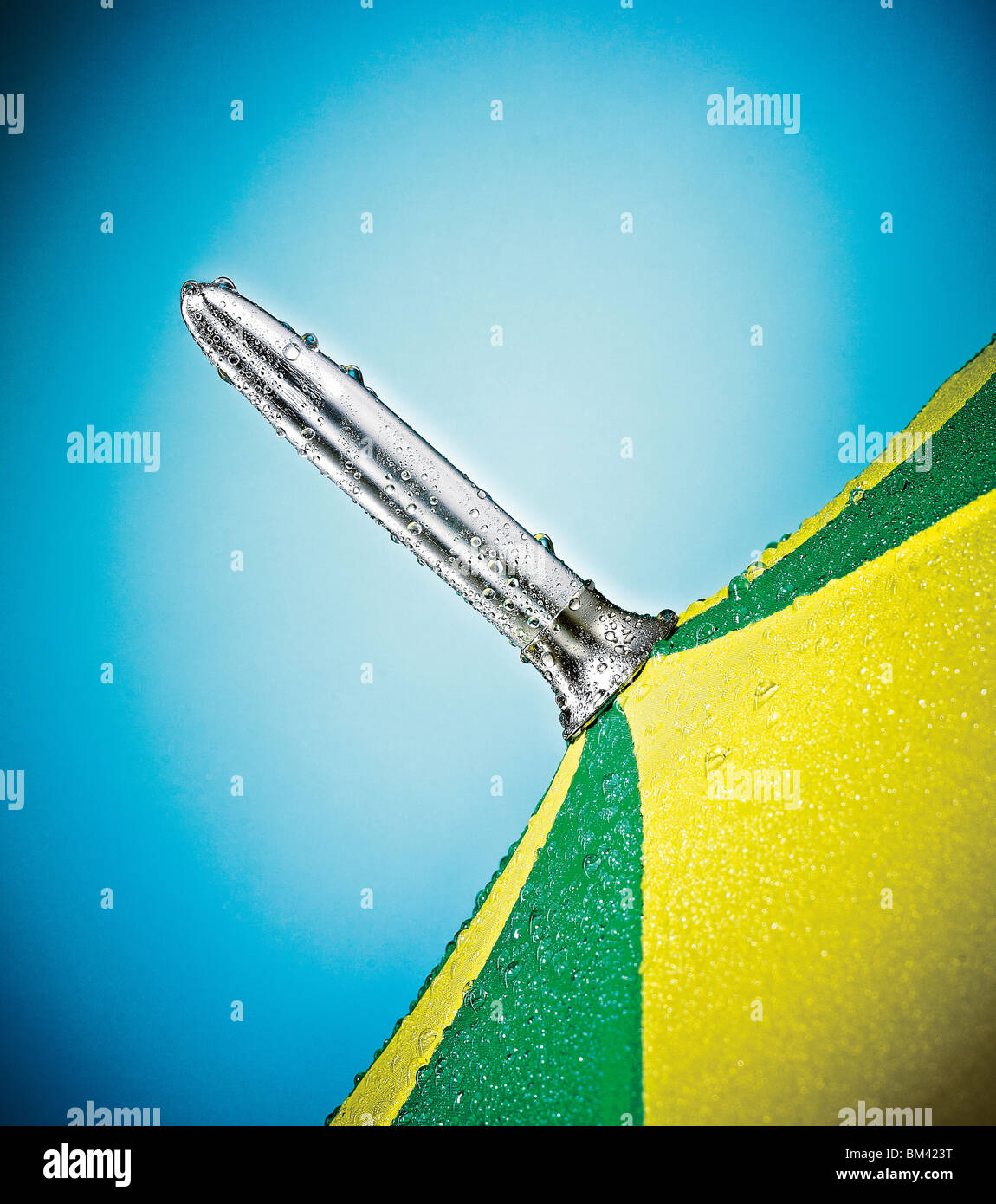 Nahaufnahme von Regenschirm Stockbild