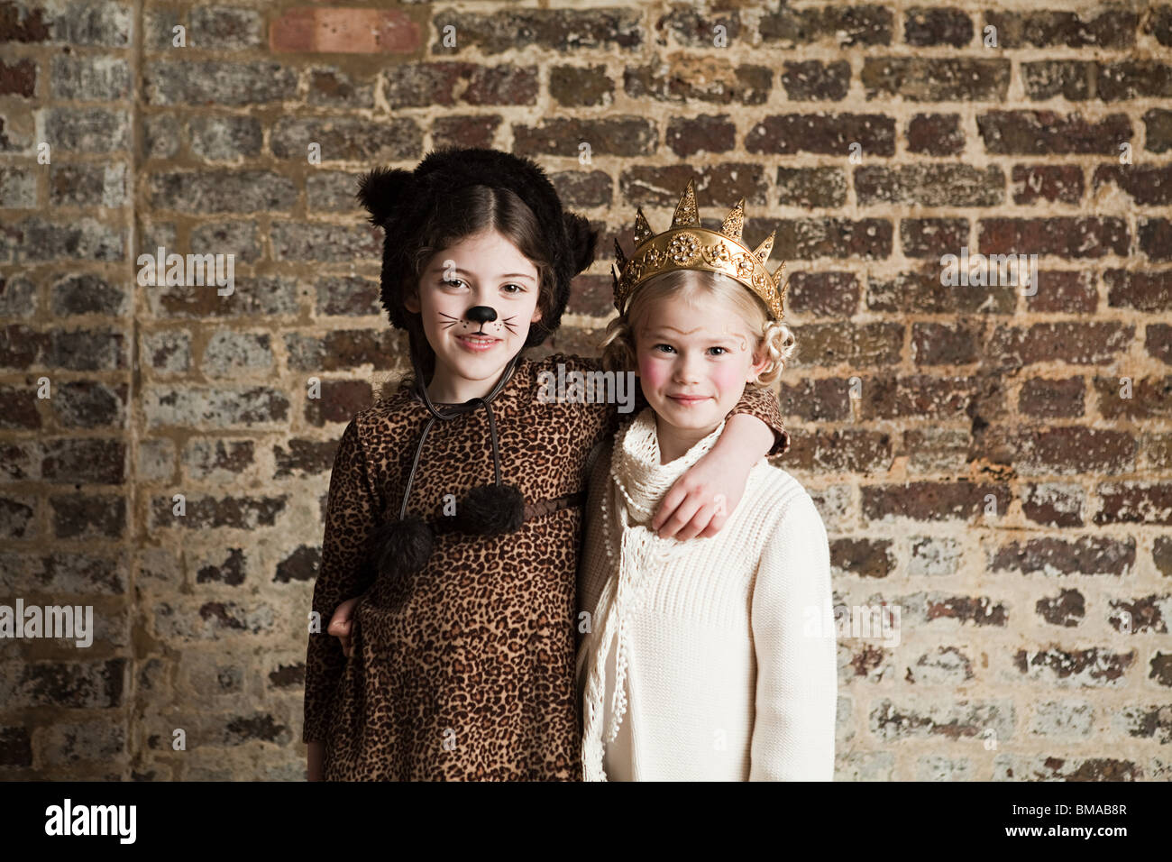 Cat Face Paint Stockfotos & Cat Face Paint Bilder - Alamy