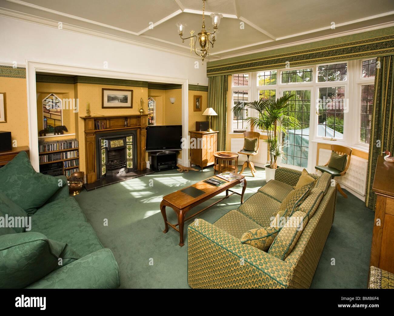 Häuser Edwardian Kunsthandwerk Haus, Wohnzimmer Interieur Stockfoto ...