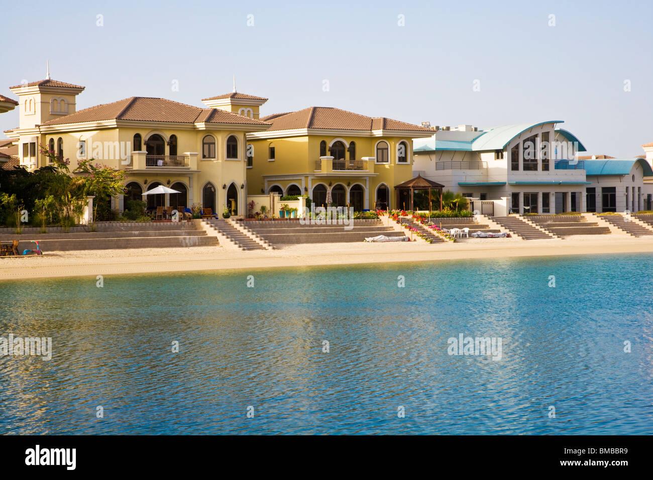 Dubai luxury villas stockfotos dubai luxury villas for Villa wedel