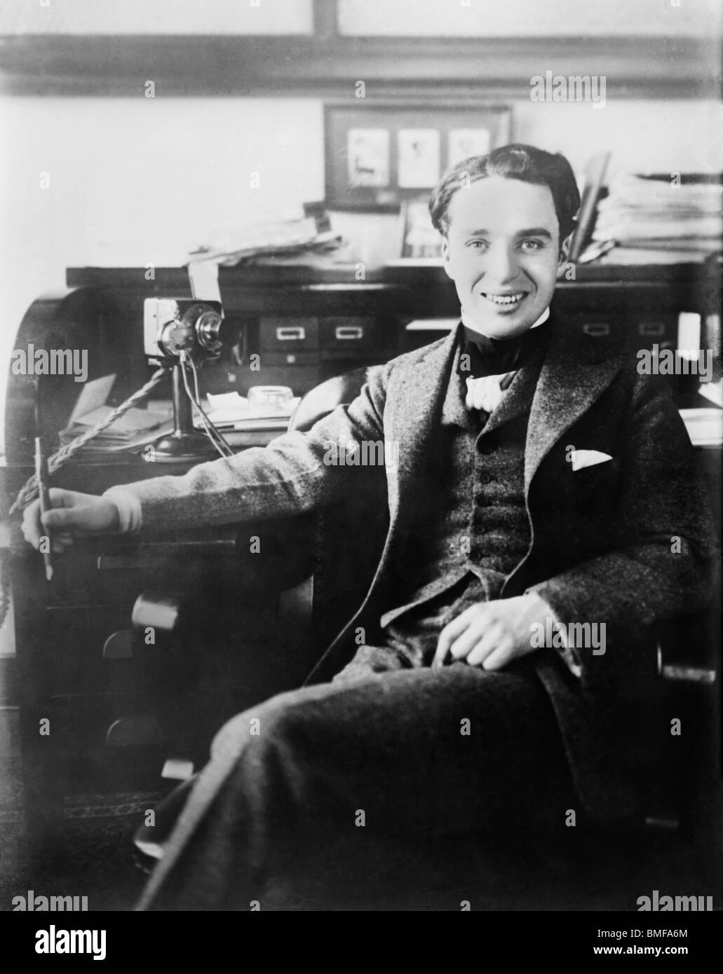 Undatierte Porträtfoto der Komiker und Regisseur Charlie Chaplin (1889-1977). Stockbild