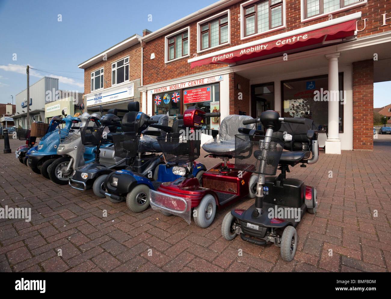 Frinton Mobilitätszentrale Versorgung Elektromobilität Buggys und Roller Stockbild