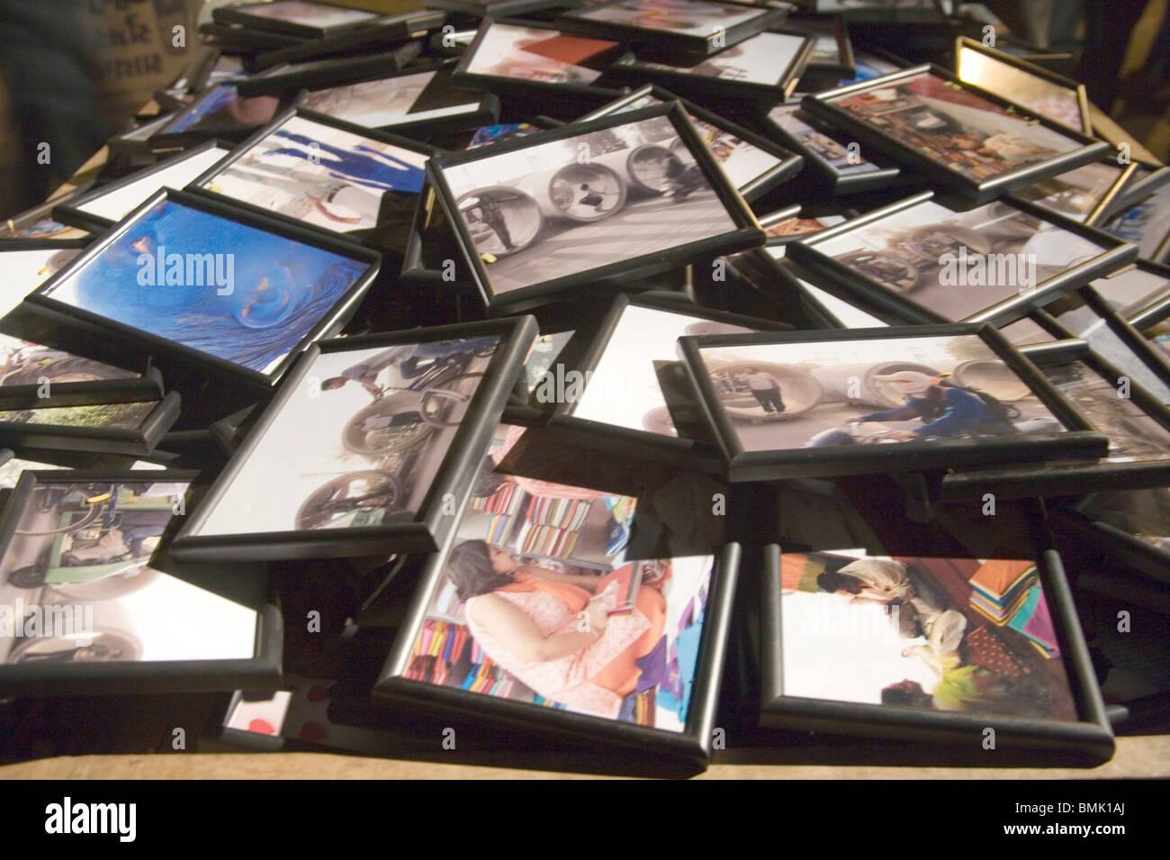 Gerahmte Kunst der Fotografie zu verkaufen; Montage an Fakultät für ...