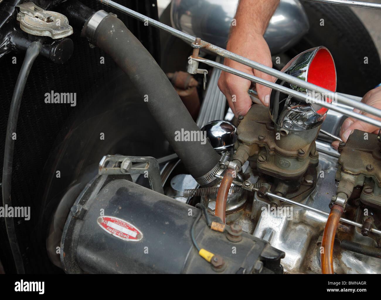 Car Carburettor Stockfotos & Car Carburettor Bilder - Seite 2 - Alamy