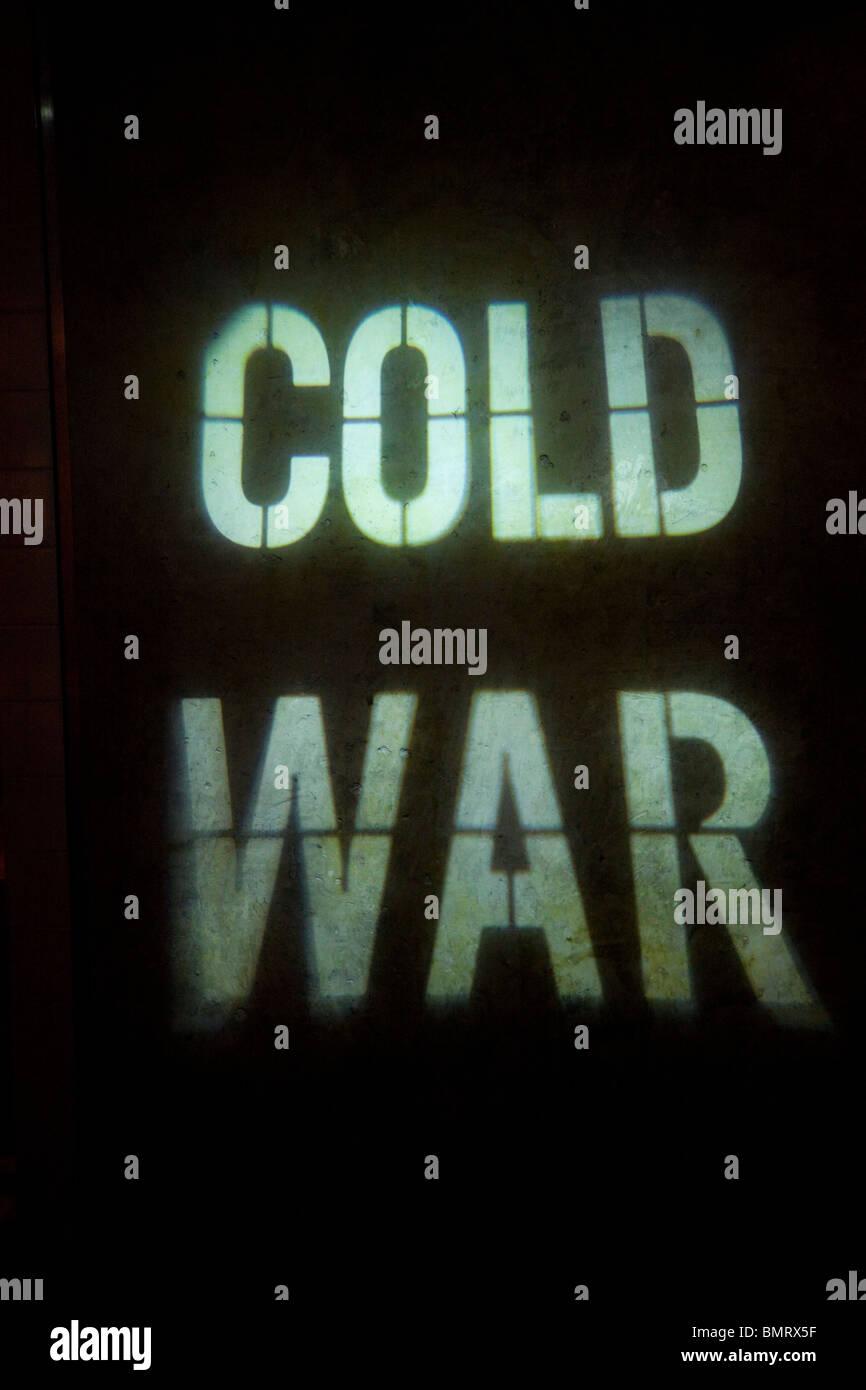 Kalter Krieg leuchtendes Zeichen Stockbild