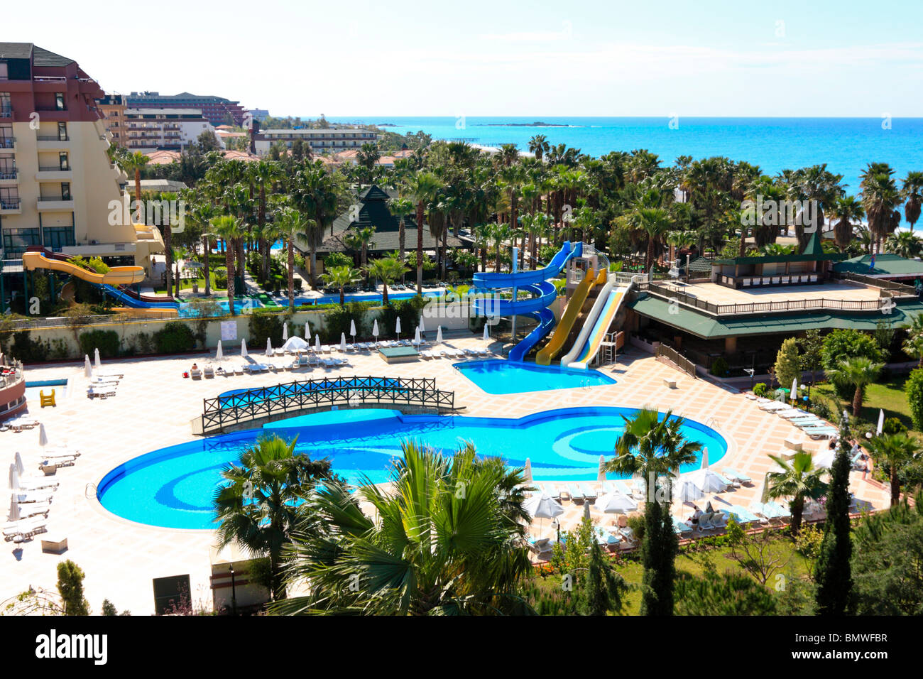 hotel schwimmbad mit wasserrutsche in alanya t rkei stockfoto bild 30064379 alamy. Black Bedroom Furniture Sets. Home Design Ideas