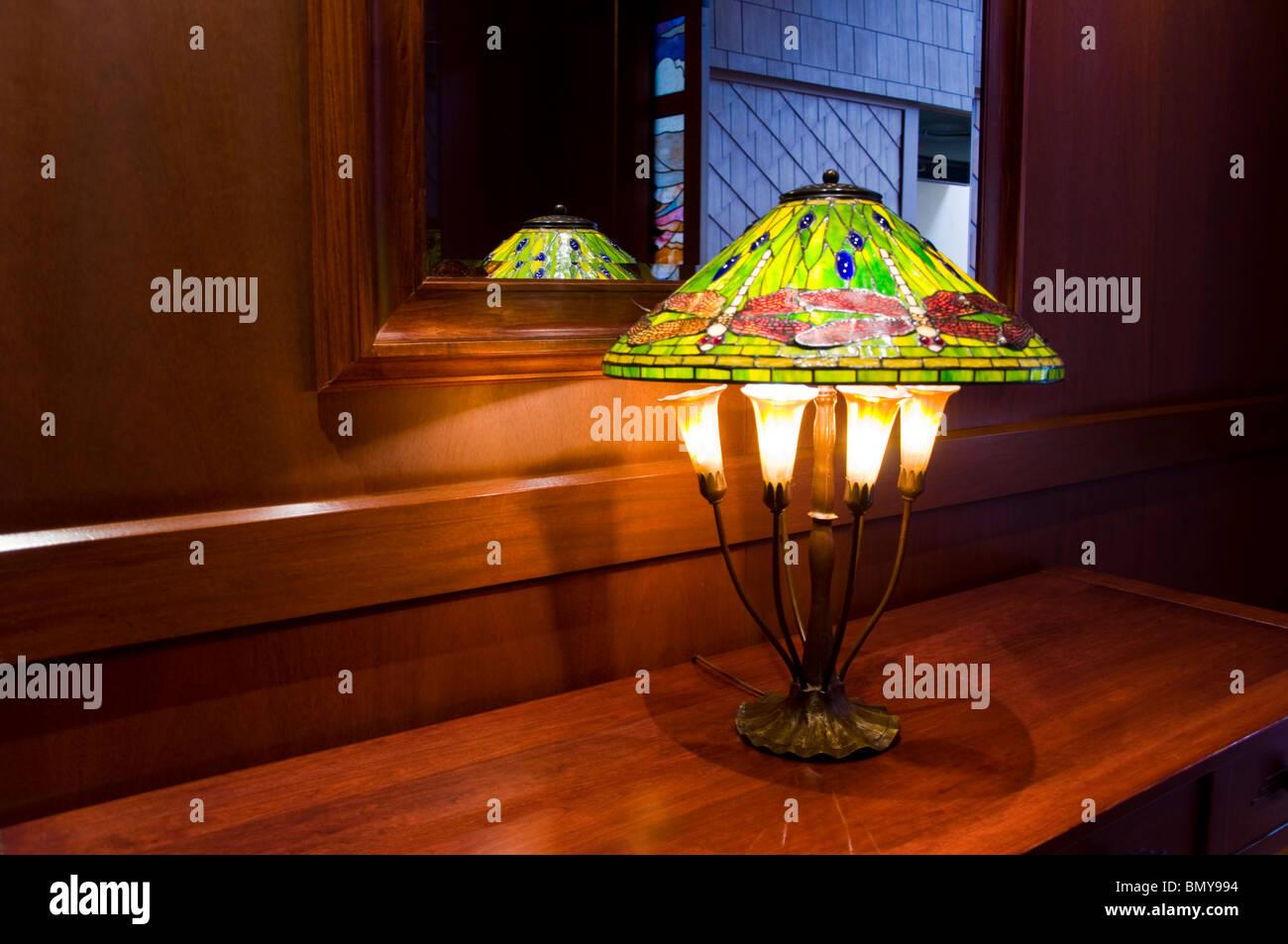 Tiffany Lampen Amsterdam : Tiffany lampe stockfotos tiffany lampe bilder alamy