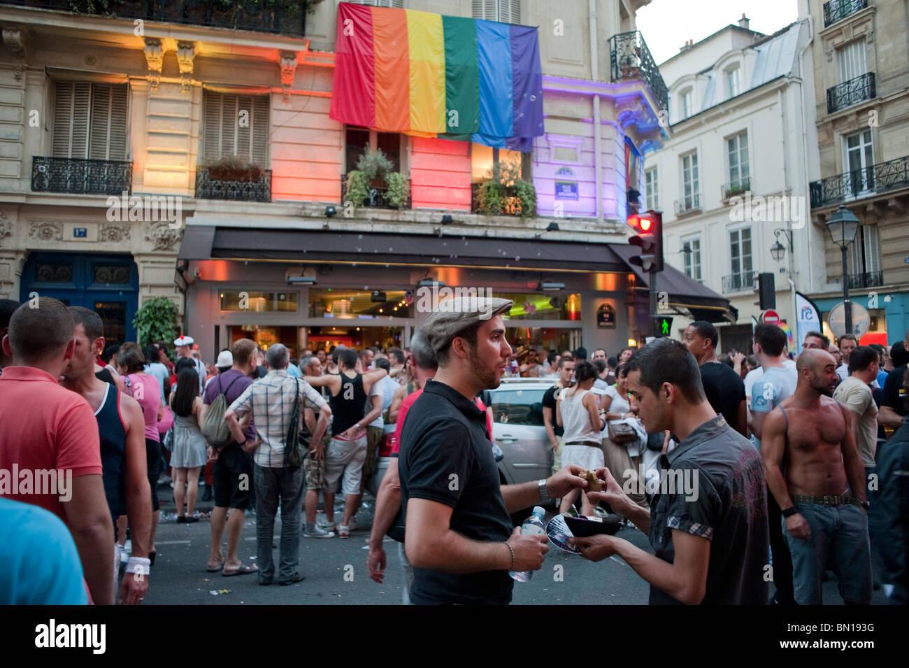 Paris, Frankreich, Menschen, feiern (nach LGTB-Gay-Pride) im Marais ...
