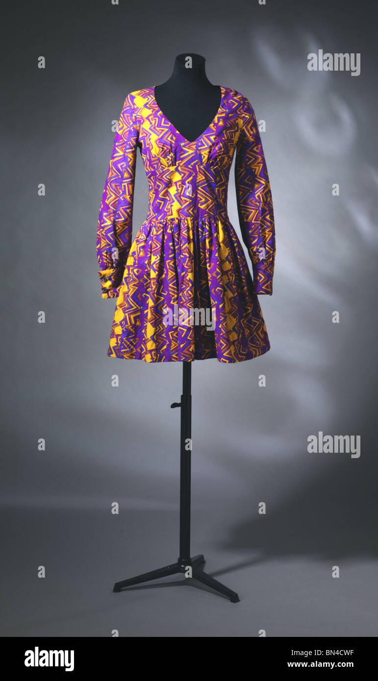 Kleid von Biba. England, 1967 Stockbild