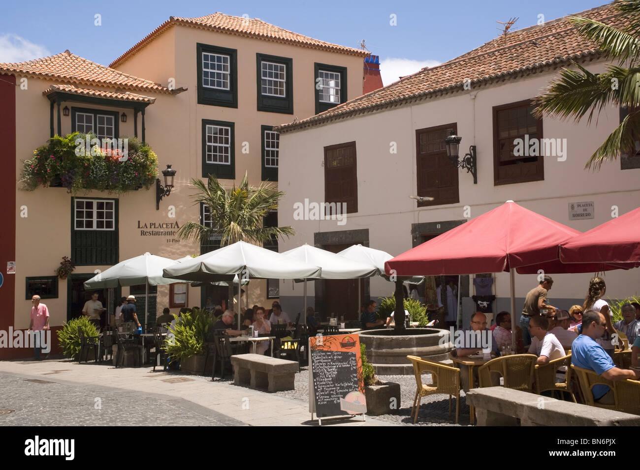 Spanien-Kanarische Inseln La Palma Santa Cruz Café in der Altstadt Stockbild
