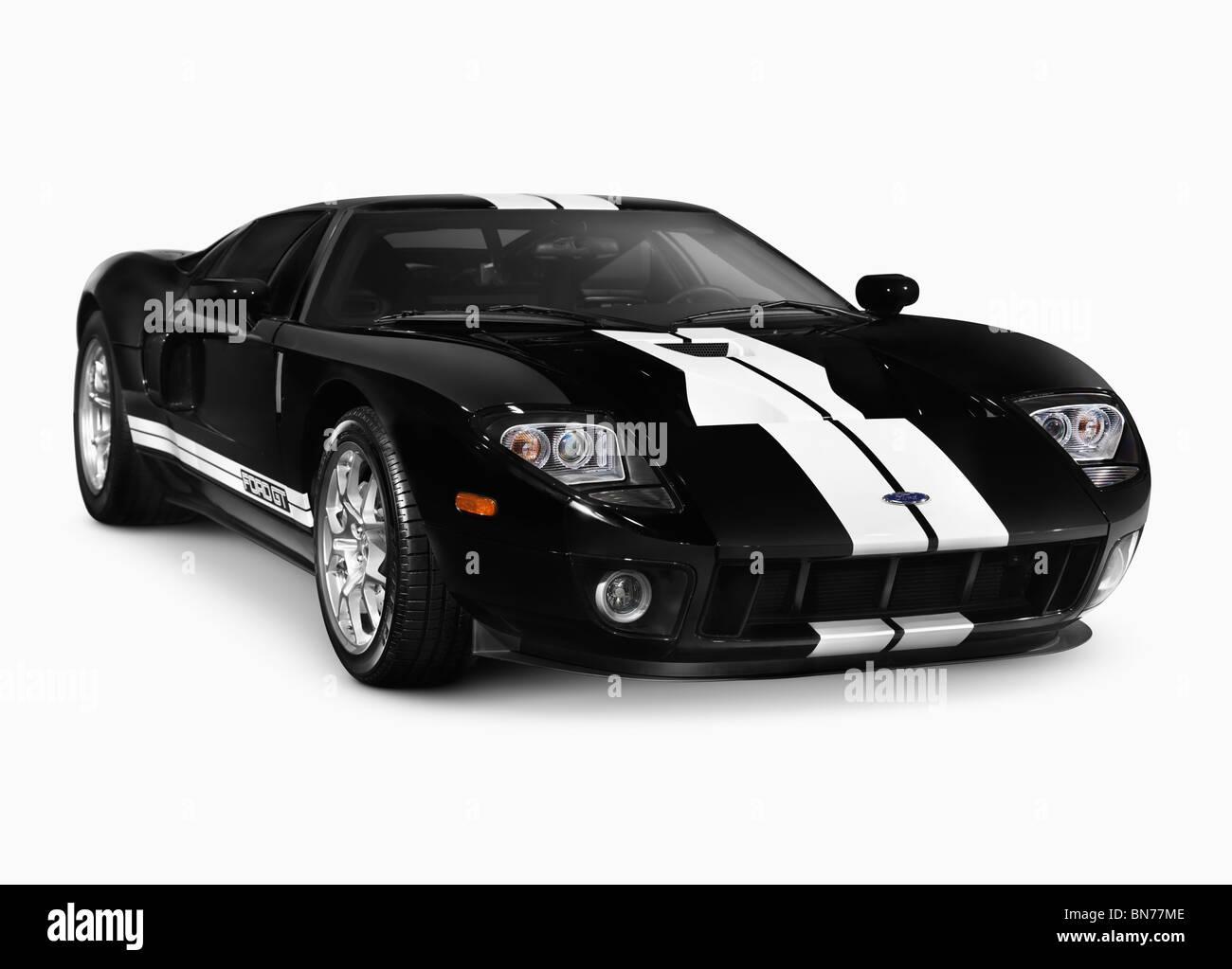 Black 2005-2006 Ford GT Supersportwagen Sportwagen mit Beschneidungspfad auf weißen Hintergrund isoliert Stockbild