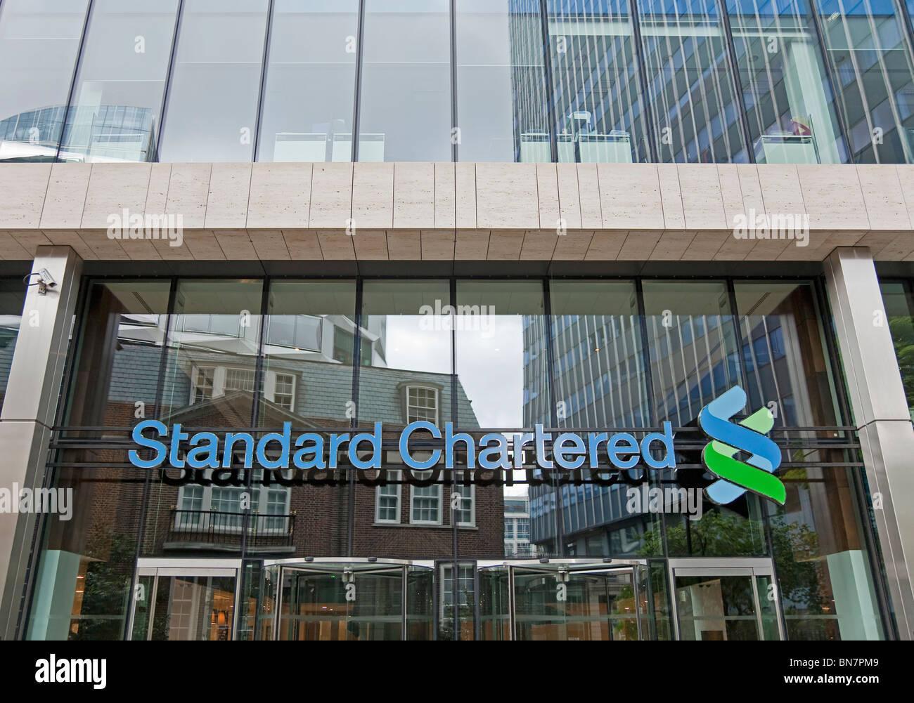 standard chartered bank stockfotos standard chartered bank bilder alamy. Black Bedroom Furniture Sets. Home Design Ideas