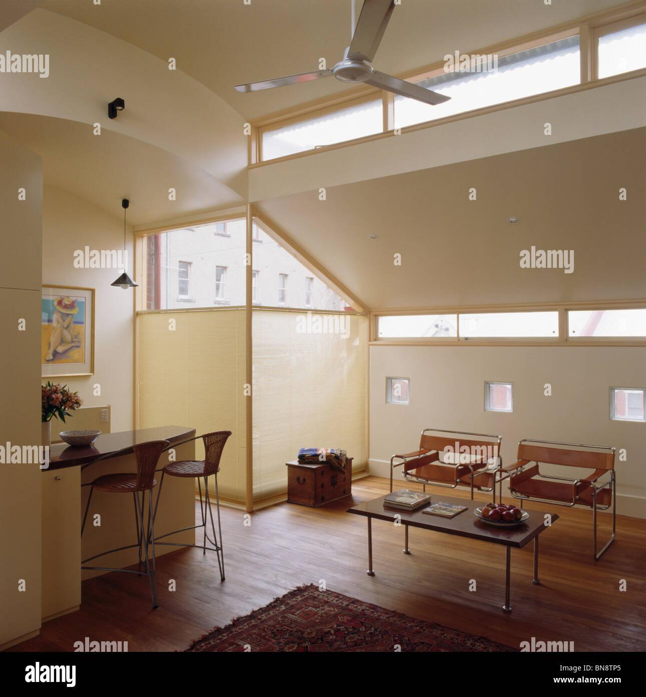Hölzerne Fußböden Im Modernen Wohnzimmer Mit Marcel Breuer Wassily