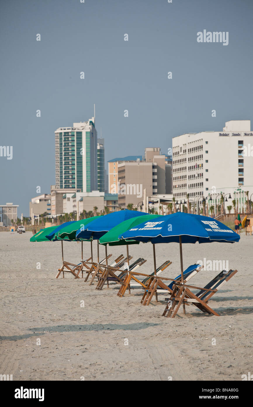 Sonnenschirme am Strand in Myrtle Beach, SC Stockbild