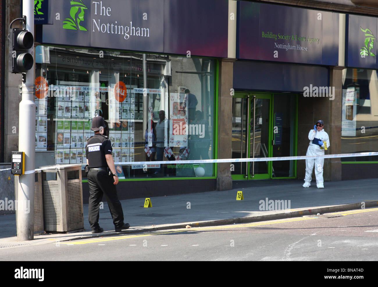 Ein Tatort auf einer Straße in Nottingham, England, Vereinigtes Königreich Stockbild