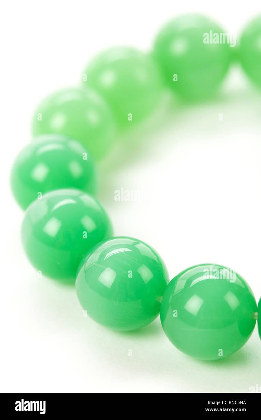 Grüner Edelstein Armband Nähe erschossen Stockbild