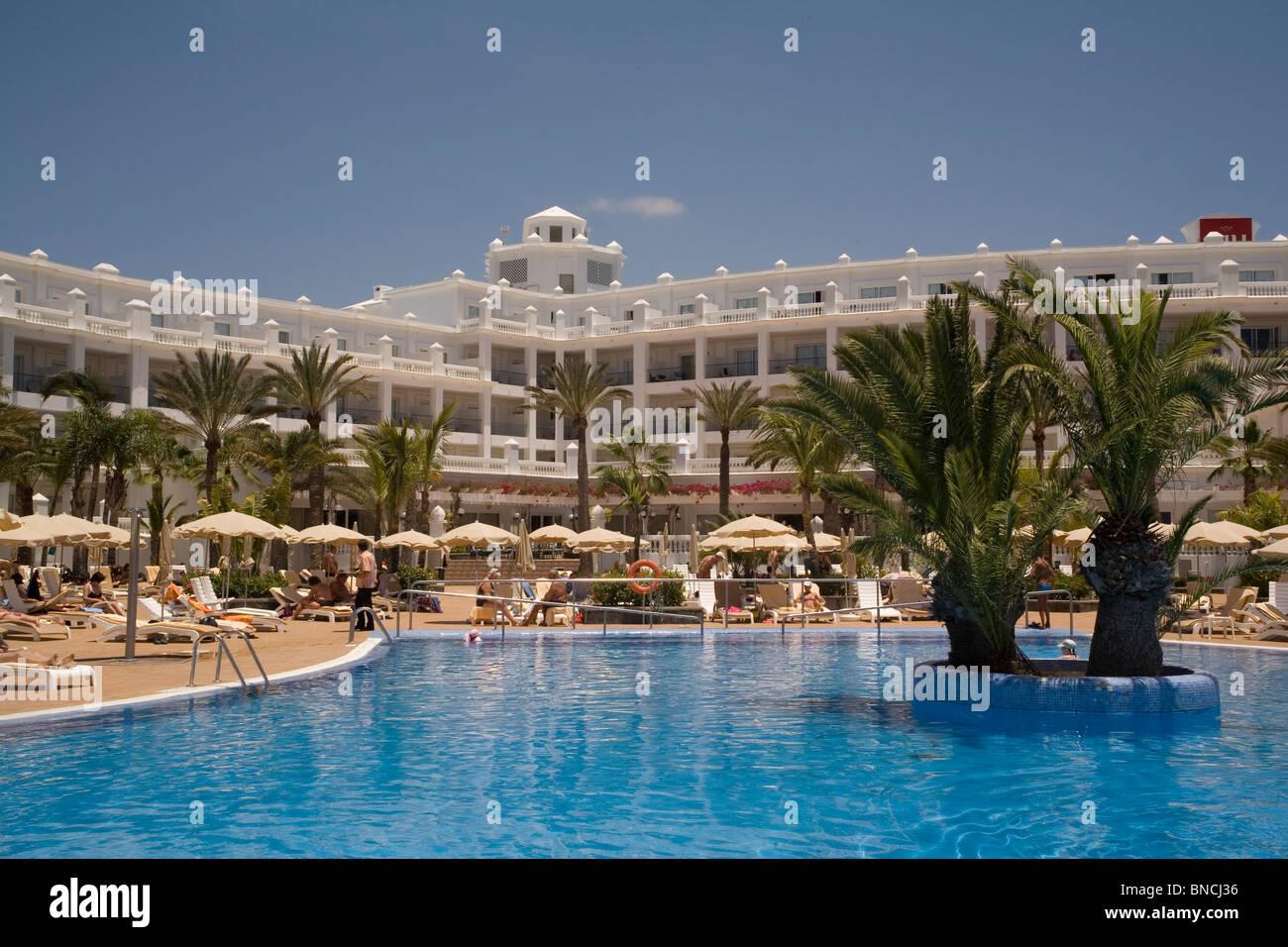 Spanien Kanaren Gran Canaria Playa Ingles Hotel Riu am Eingang zu den Dünen von Maspalomas Stockbild