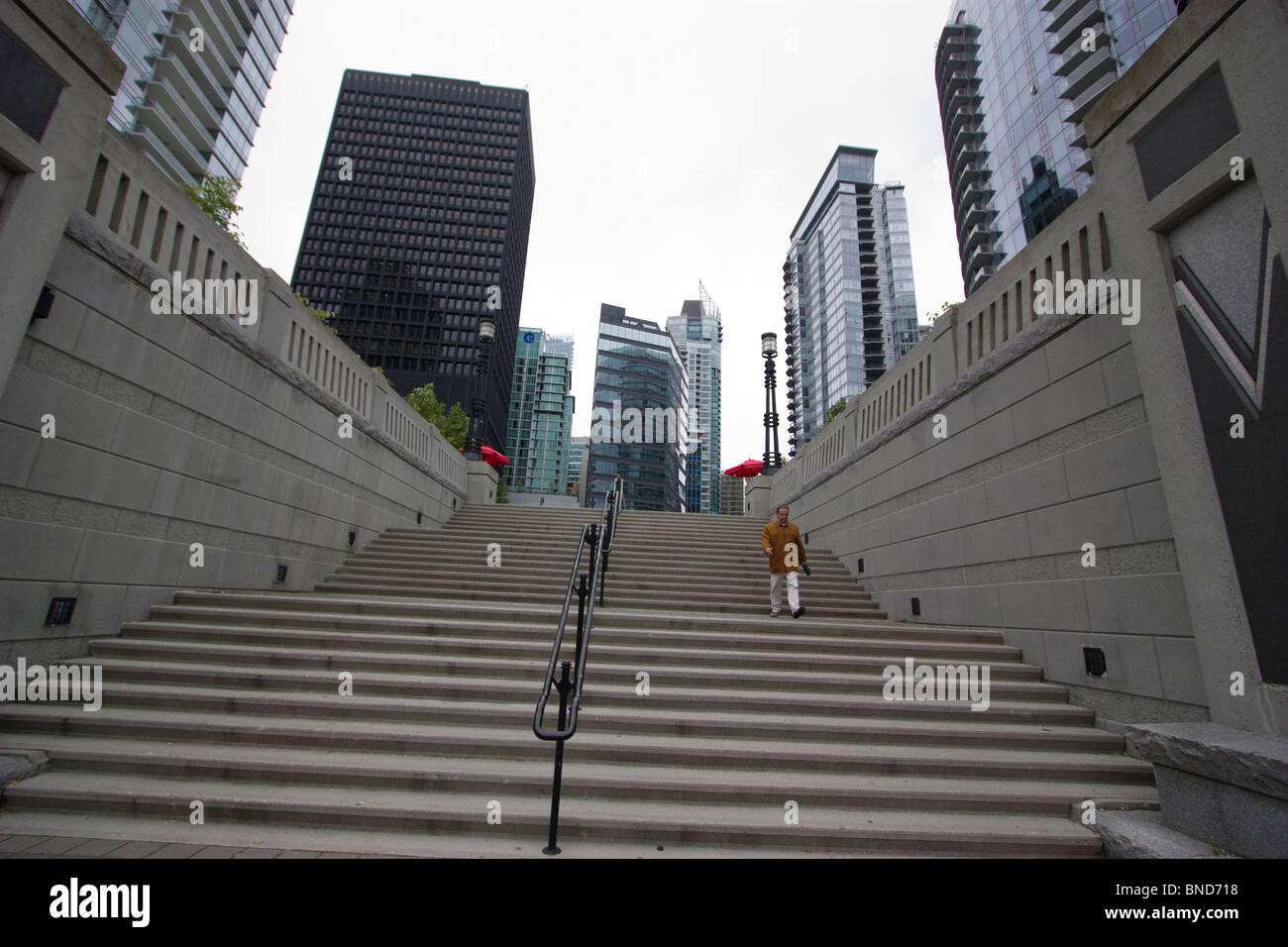 Wohn-Immobilien, wohnen in der Nähe von Coal Harbour, Vancouver, mit Schritten Stockbild