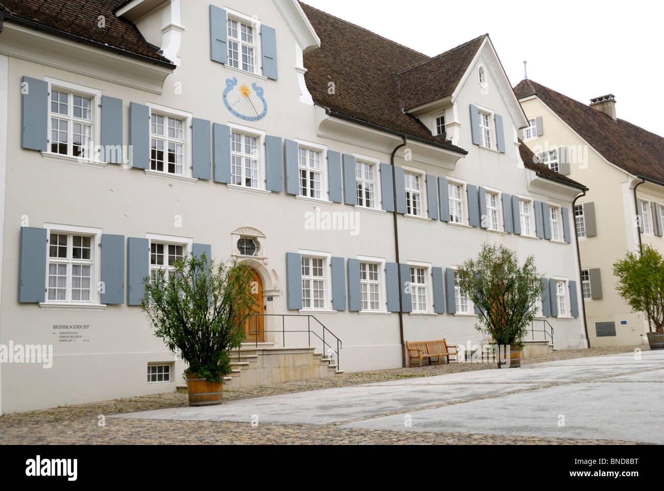 Attraktive Gebäude in Domplatz, Arlesheim, Schweiz Stockbild