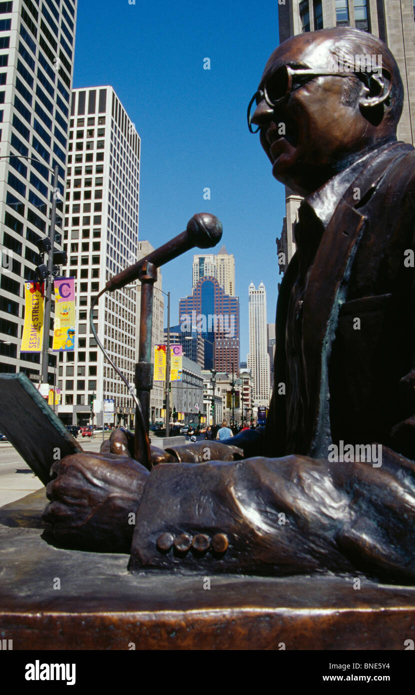 USA, Illinois, Chicago, Jack Brickhouse Statue