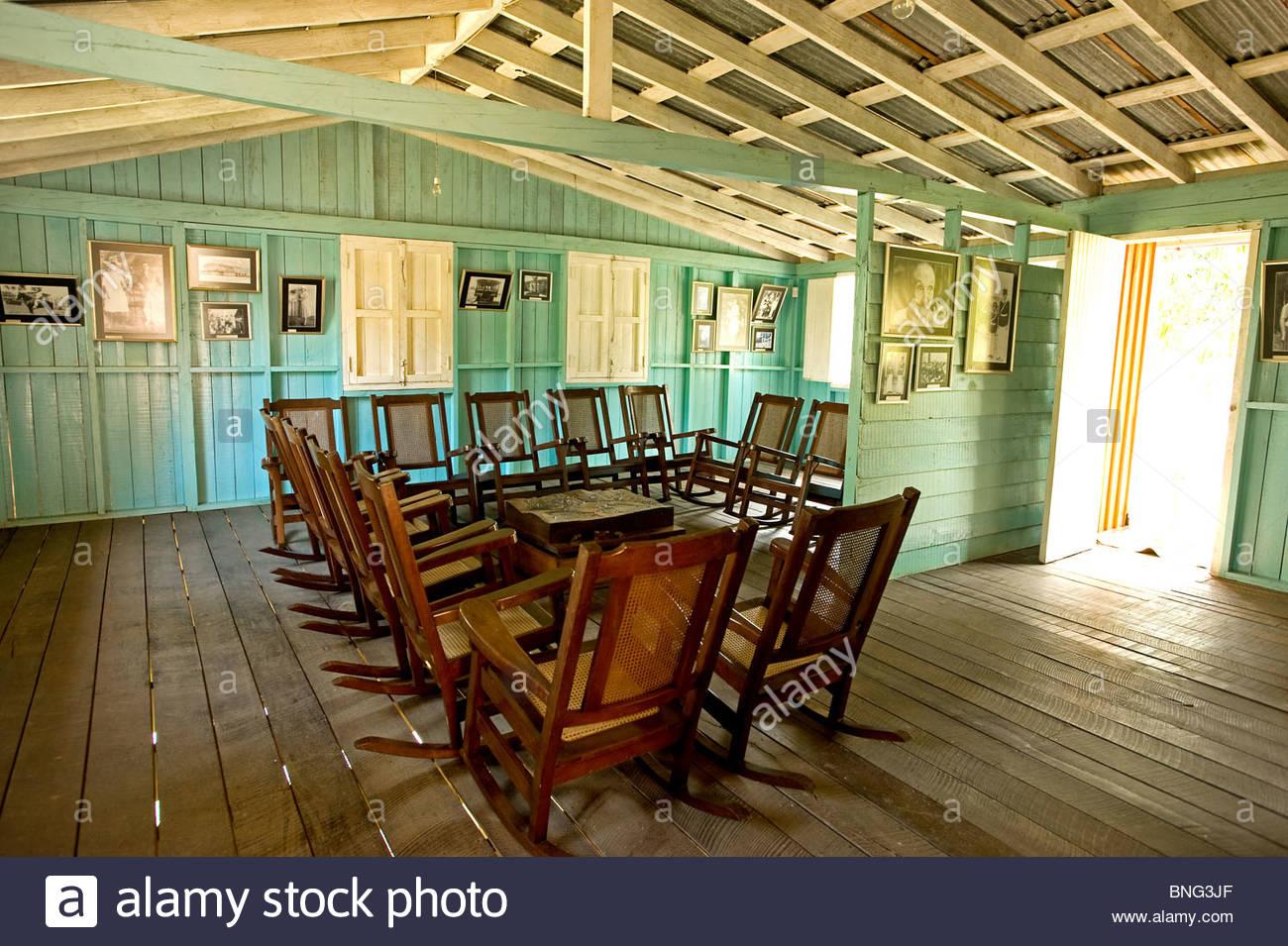 Weiler, die zu der Familie, wo Fidel Castro geboren wurde; hier ein Büro. Saint-arailles, Provinz Holguin, Stockbild