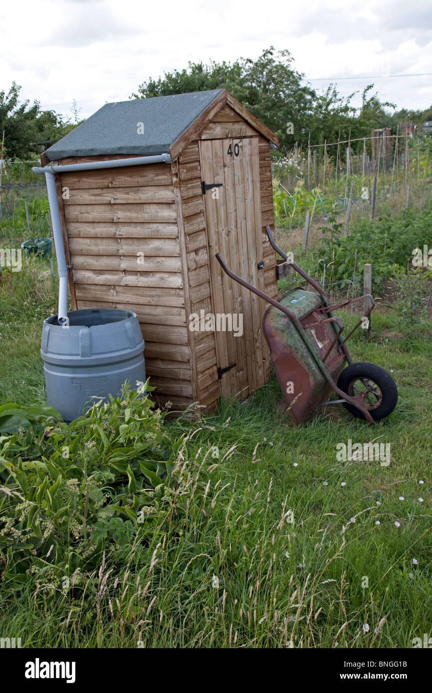 sammeln von regenwasser vom dach auf gemeinschaft kleingärten