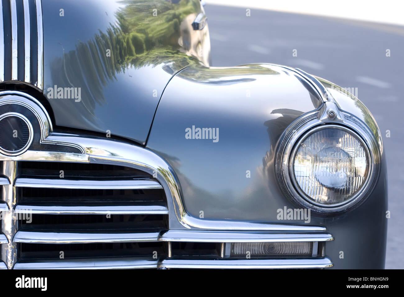Altes Auto, Detail der optischen und der Vorderseite Stockbild