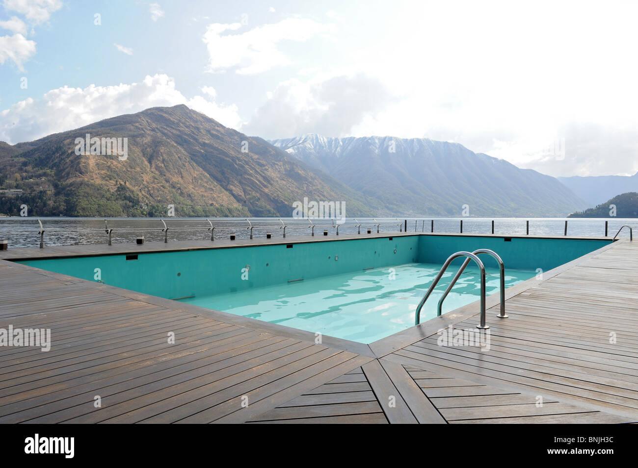 Swimming Pool Tremezzo Lake Como Stockfotos Und Bilder Kaufen Alamy