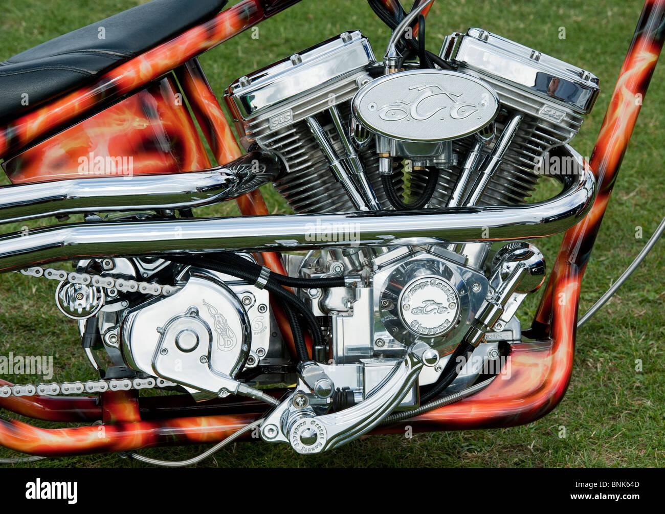 custom chopper harley davidson motorrad mit einem v twin. Black Bedroom Furniture Sets. Home Design Ideas