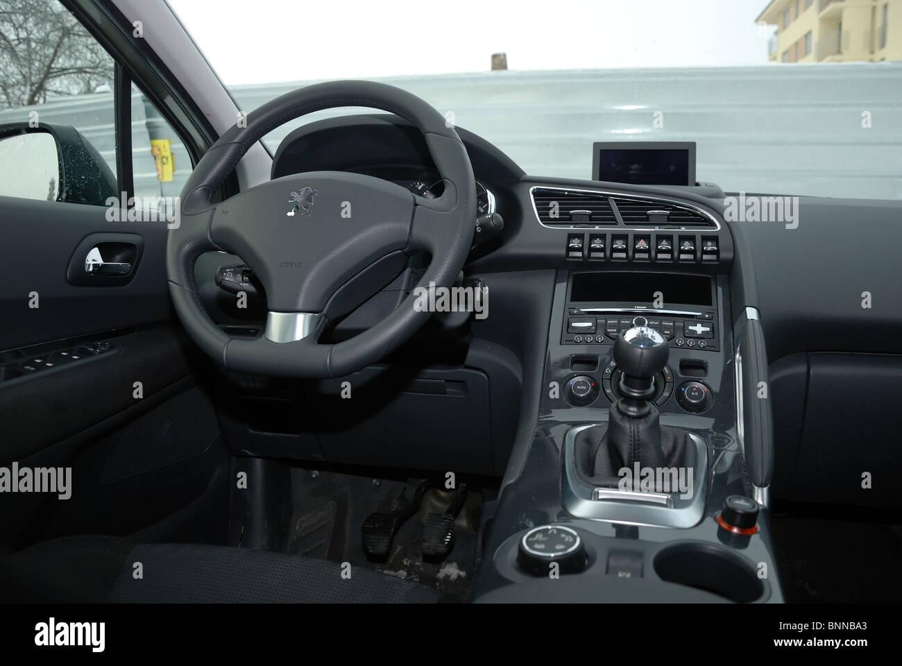 Peugeot 3008 1.6 HDI - mein 2010 - grau Metallic - französische ...