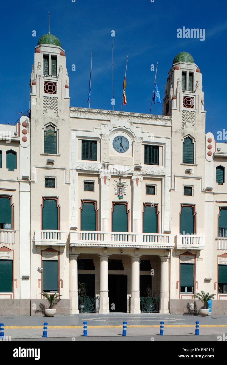 Art Deco, moderne oder Modernista Melilla-Rathaus (1933-48) von ...