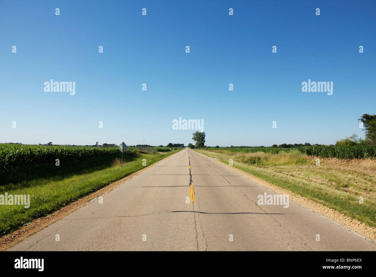 County Highway 15 nördlich von Harmon, Illinois. Stockbild
