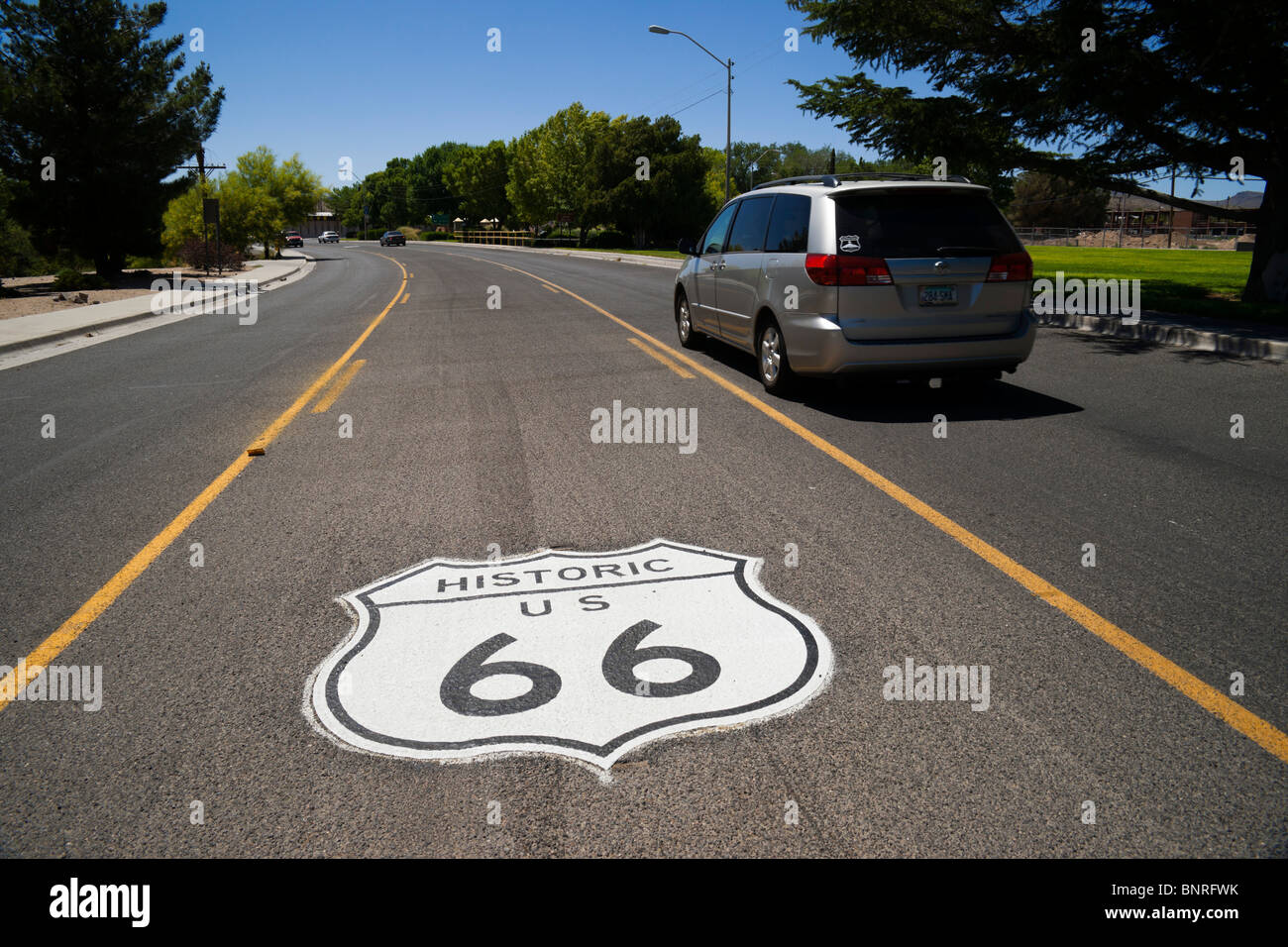 route 66 painted road sign stockfotos route 66 painted. Black Bedroom Furniture Sets. Home Design Ideas