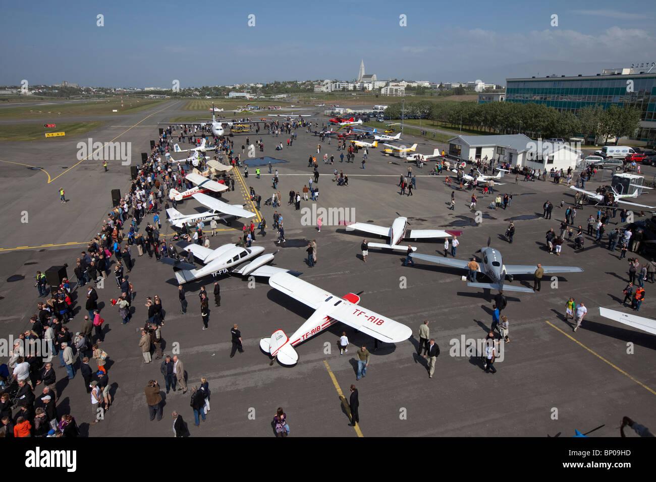 Flug Frankfurt Reykjavik Heute