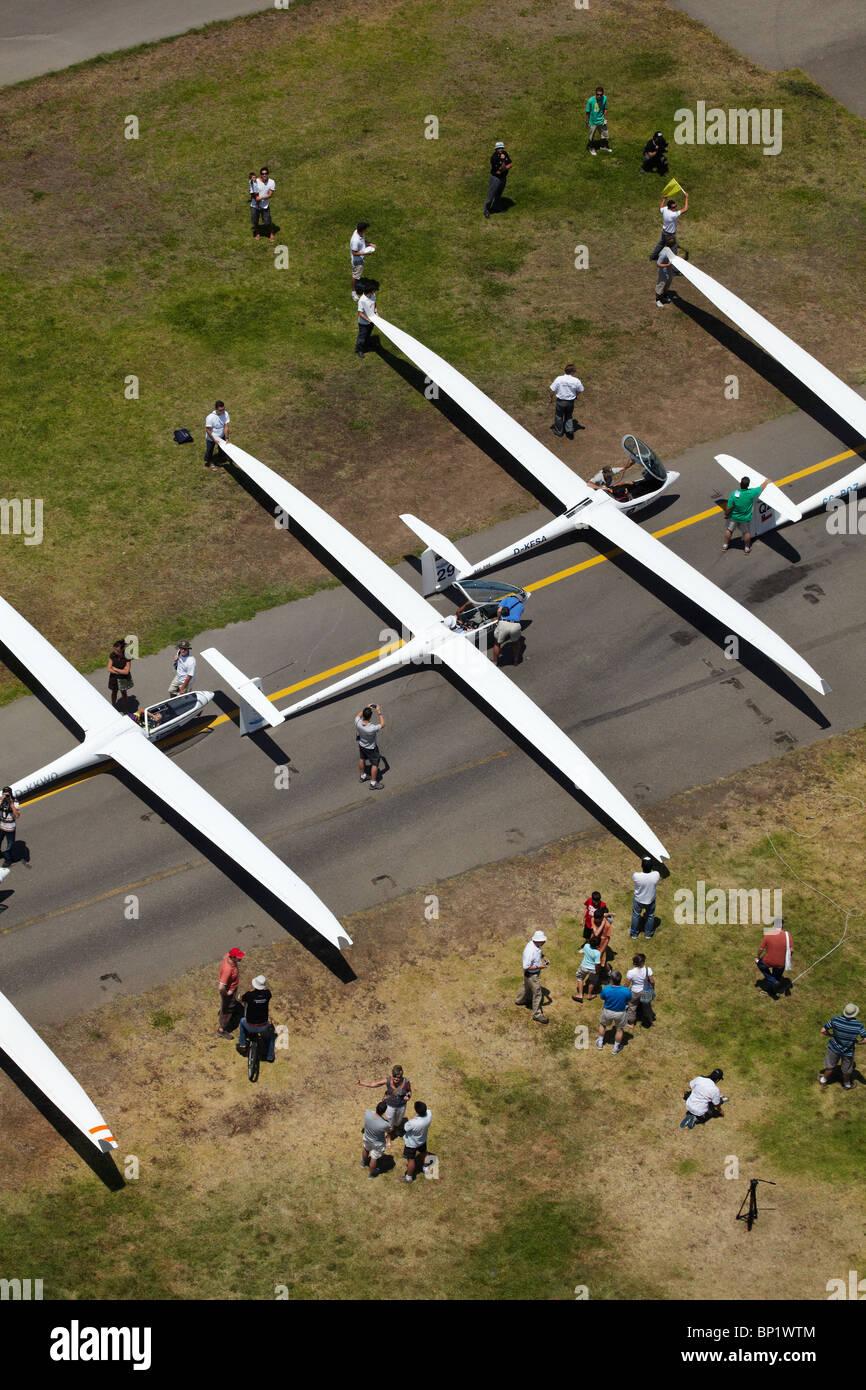 Beginnend, Gitter, FAI World Sailplane Grand Prix, Vitacura Flugplatz, Santiago, Chile, Südamerika - Antenne Stockbild