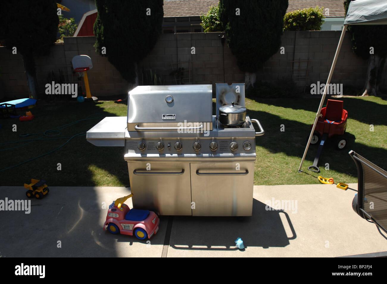 Außenküche Mit Grill : Außenküche grill stockfoto bild: 30788972 alamy