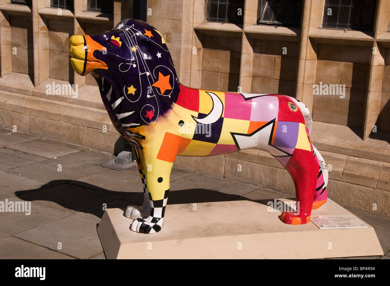 Life Size Löwe Skulptur Bad Somerset UK Stockbild
