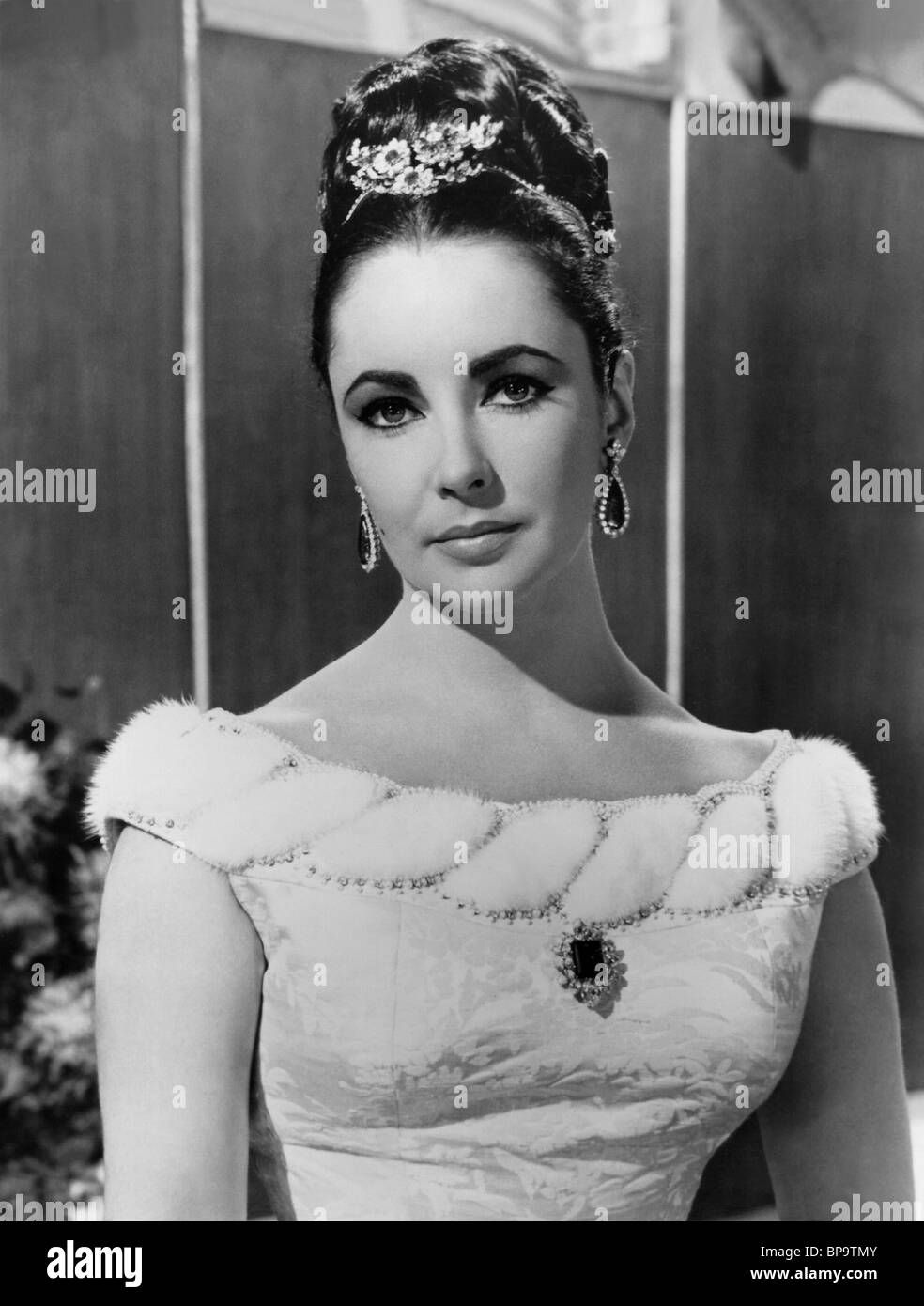 ELIZABETH TAYLOR V.I.P.S.; HOTEL INTERNATIONAL (1963) Stockbild