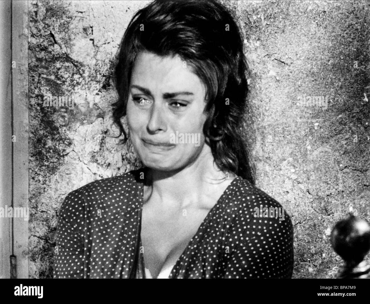 SOPHIA LOREN ZWEI FRAUEN; LA CIOCIARA (1960 Stockfotografie - Alamy