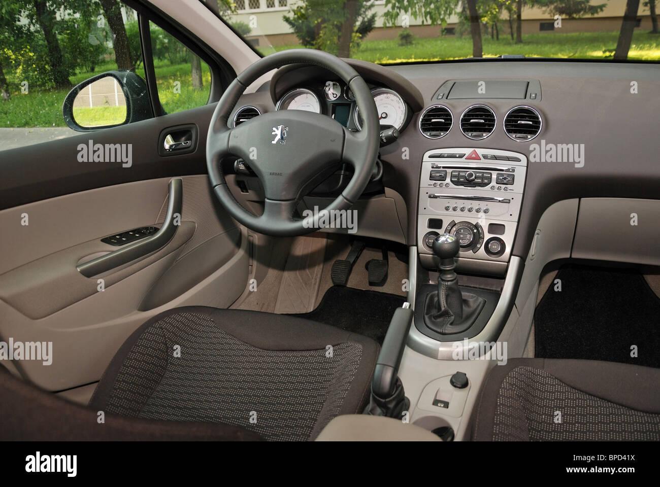 Peugeot 308 SW 1.6 HDI - mein 2010 - französische populäre untere ...